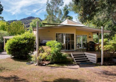 Corella Cottage Halls Gap - Front view